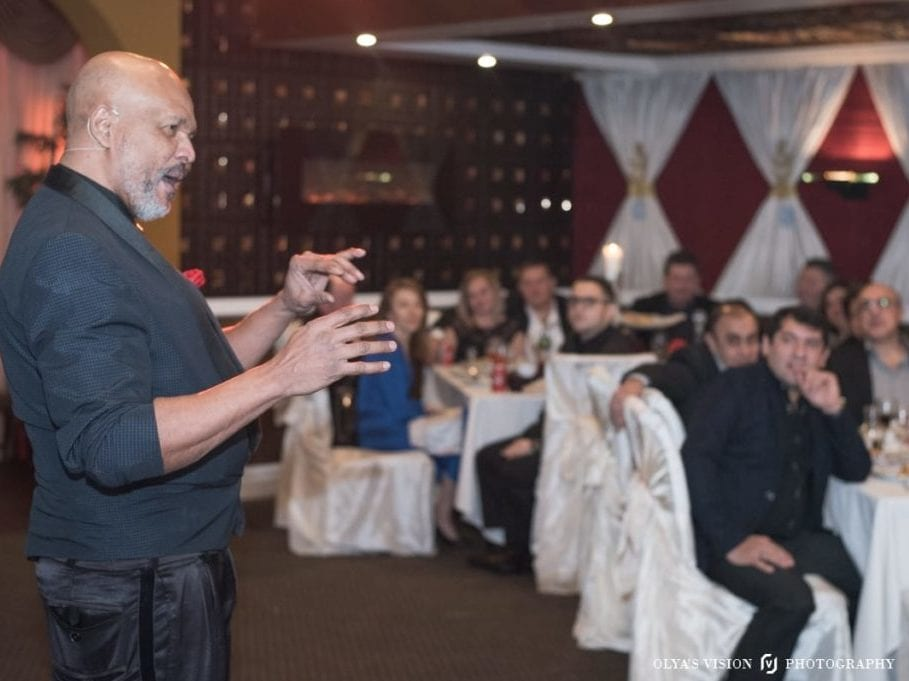Magic Man keeps guests captivated & amazed with magic at a wedding reception