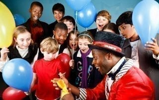 The popular Traditional Children's Magic Festival, starring a cast of more than 100 incredible entertainers, will be hosted by the world-famous College of Magic in Claremont, Cape Town from 19 to 22 June 2019. For more info, visit http://www.collegeofmagic.com. [Image credit: Sam Burrows]